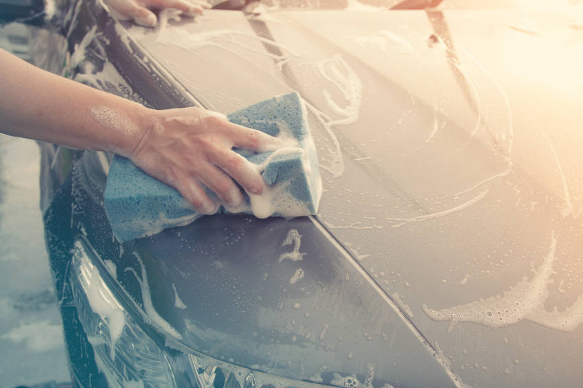 Can You Use Dish Soap To Wash A Car - Meineke