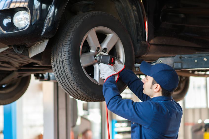 wheel-bearing-warning-signs